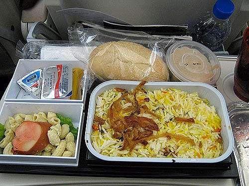 吃货系列 来看看别人家的飞机餐是什么样的!